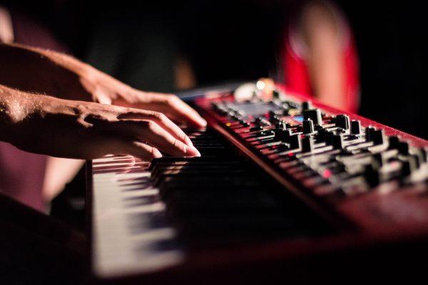 ehrenfelder-musikschule-koeln-klavier-unterricht keyboard